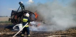 Paliło się w Mierzejewie, strażacy maja pełne ręce pracy