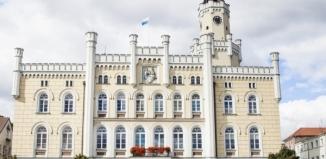 Gmina ogłosiła wyniki naboru na stanowiska kierownika Referatu Oświaty i dyrektora Biura Oświaty i Spraw Społecznych