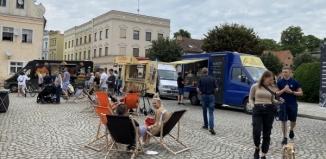 Food Trucki opanowały wschowski rynek [ZDJĘCIA]