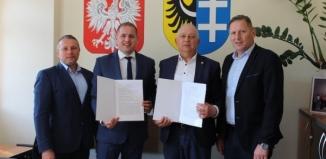 Umowa na dofinansowanie przebudowy dachu sali gimnastycznej w I Zespole Szkół podpisana!