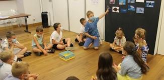 """""""Pod wodą"""" - zajęcia dla dzieci w Bibliotece [ZDJĘCIA]"""