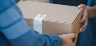 Jak szybko i bezpiecznie pakować paczki?