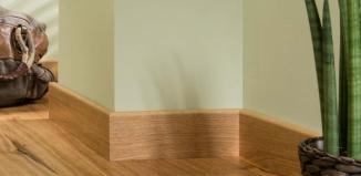 Na co zwrócić uwagę, dobierając listwy przypodłogowe do drewnianej podłogi?