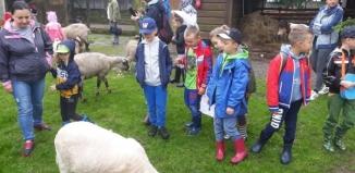 Przedszkolaki z Rydzyny odwiedziły Cichowo